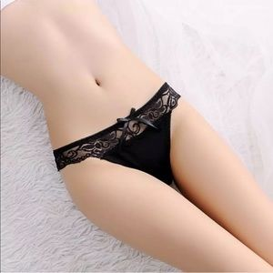 Justine's Chic Boutique Intimates & Sleepwear - Sexy Black Lace Thong with Stylish Cutout Detail